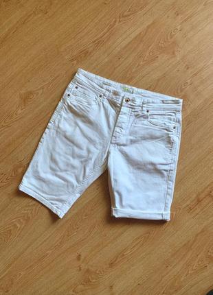 Белые джинсовые шорты от next