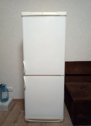 Холодильник Electrolux ER7707B