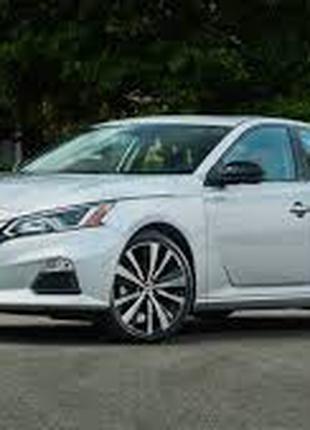 Кузовные запчасти и оптика Nissan Altima 2019