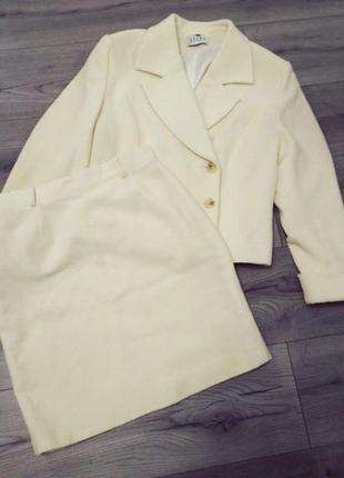 Шерстяной юбочный костюм юбка пиджак apart