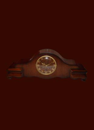 Старинные французские каминные часы. Коллекционные. Из Америки.