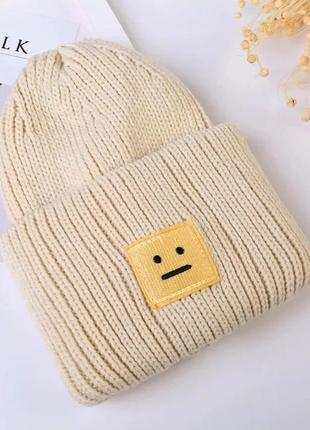 Женская шапка вязаная  теплая сиреневая