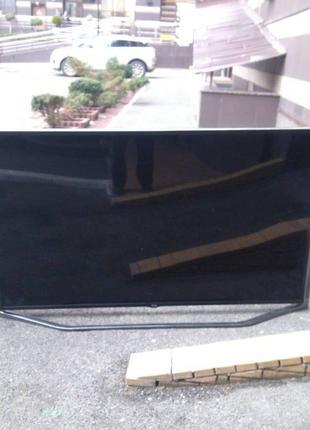 """Разбит экран!!! LG 84UB980V. 84"""", 3840x2160 (4K), Smart, Wi-Fi,"""