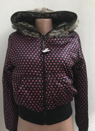 Двухсторонняя демисезонная куртка в горох и с красивой вышивко...