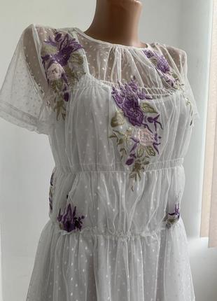 Нежное платье с вишывкой цветы 2в1 туника футболка в сетку гор...