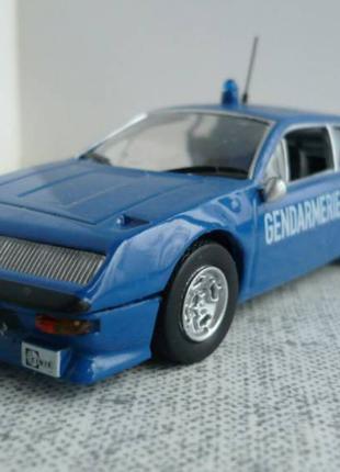 Renault Alpine A310 – Модель 1/43 Полицейские машины мира №11