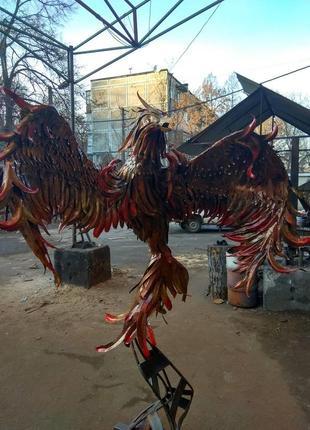 Скульптура феникс