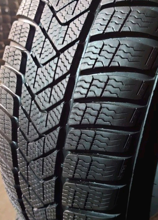 Комплект 225/55 r17 Pirelli Sottozero 3 winter RUNFLAT