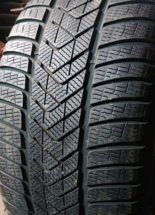 Пара 255/40 r18 Pirelli Sottozero 3 winter RUNFLAT