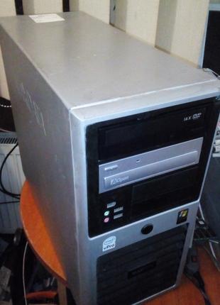 Системник в сборе игровой 2 ядра 4 гб 8600GT WoT Metro Stalker