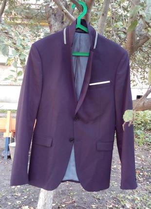 Шикарный фирменный пиджак