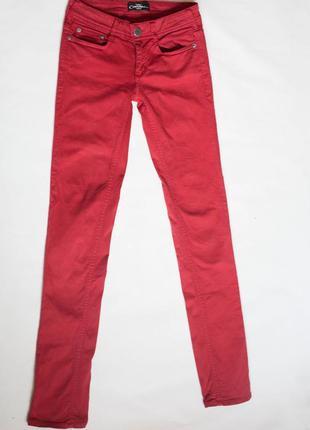 Королевские испанские красные джинсы сimarron