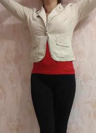 Классный котоновый пиджак р. 42-44