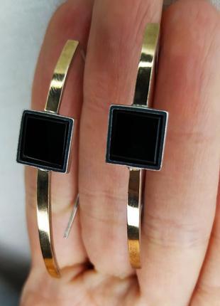 Сережки скобы серебро+золото с натуральным камнем