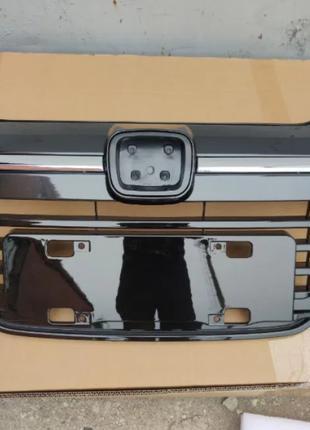 Решетка радиатора Honda HR-V 2015-2019  71121T7JH00