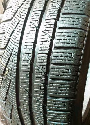 Комплект 245/45 r17 Pirelli Sottozero 240 sirie 2
