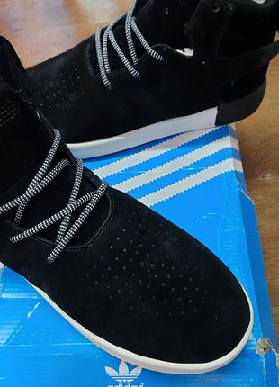 зимние мужские кроссовки adidas tubular invader