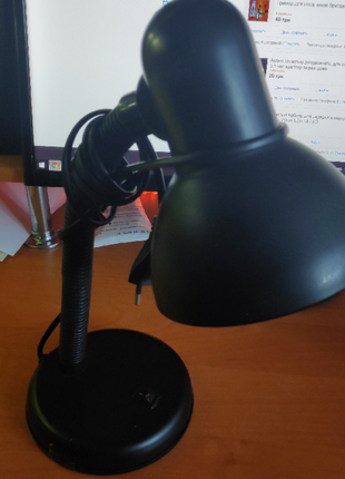 Настольная лампа Accenta черная, дешево б/у