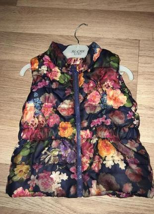 Жилетка H&M на девочку размер 86-92
