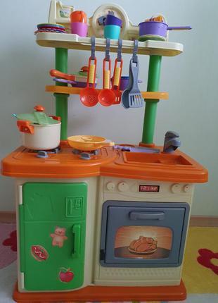 Большая детская кухня  холодильник духовка