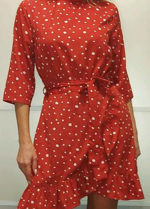 Платье на запах Prettylittlthing