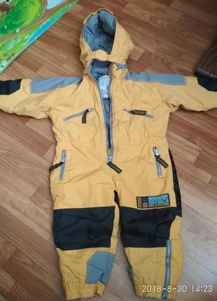 Детский зимний комбинезон,термо комбинезон,лыжный костюм 2-3 года