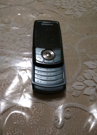 Телефон Samsung SGH-L760