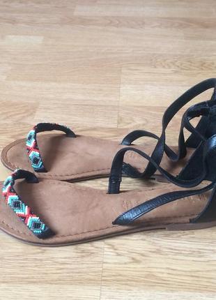Новые кожаные босоножки tamaris германия 38 размера