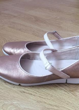 Кожаные балетки clarks англия 38 размера в отличном состоянии