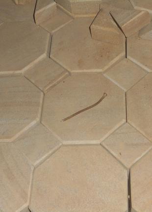 Брусчатка фигурная из песчаника природного