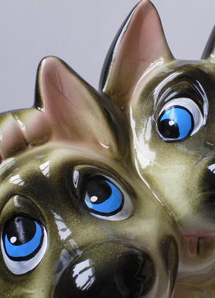 Волчата,копилка,керамика,подойдет на подарок другу.статуэтка