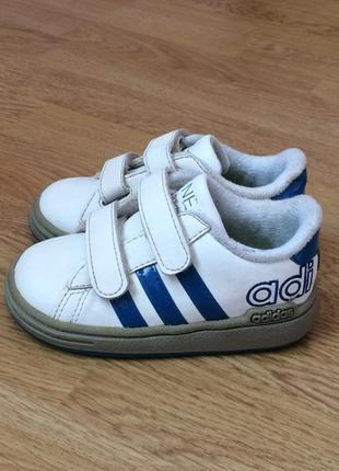 #розвантажуюсь кроссовки adidas оригинал 21 размера в отличном...
