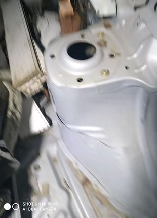 Стаканы кузова Мазда 626 gf