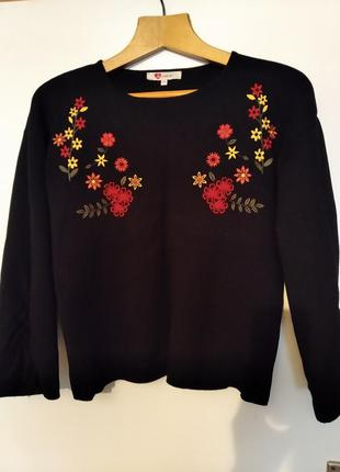 Суперский модный стильный свитер фирменный