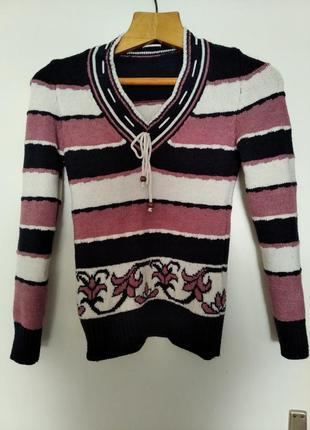 Стильный удобный свитер