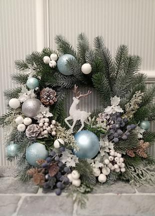 Новогодний декор, венки, подсвечники, гирлянды, елки, композиции