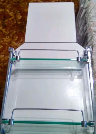 Новая полка в ванную или туалет. Материал пластик, металл, стекло