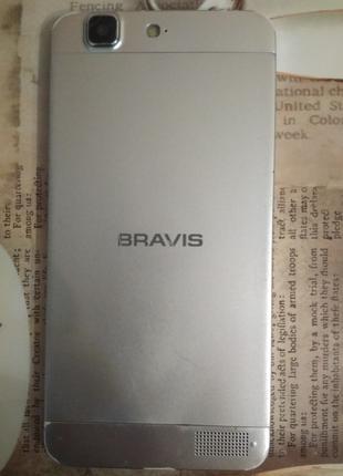 Смартфон BRAVIS Tau