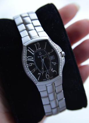 Швейцарские женские часы с бриллиантами 38шт bulova accutron s...