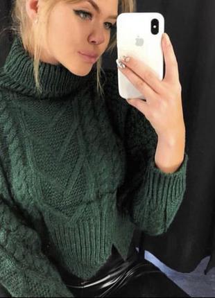 Тёплый свитер очень нежный