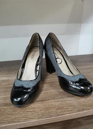 Туфли черные женские средний каблук