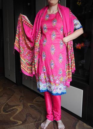 Индийский  костюм, сари