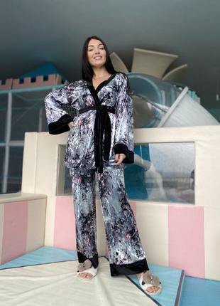 Комплект домашнього одягу