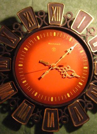 часы янтарь настенные на декор хм, тяжёлые