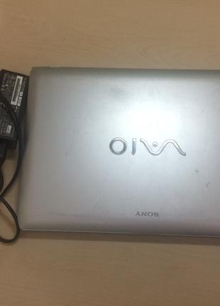 Ноутбук Sony WIO VPCYB2M1E