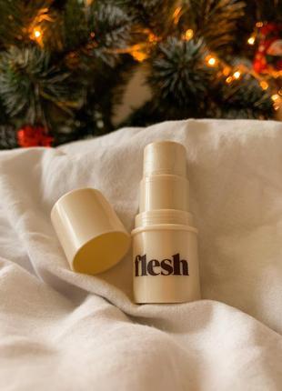 Flesh – хайлайтер в стике, strobing stick shine