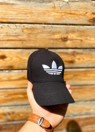Кепка - сетка черная adidas унисекс