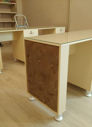 Маникюрные столы на заказ