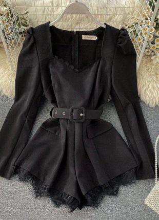 Комбинезон с шортами черный с кружевом и поясом
