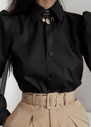 Трендовая кожаная рубашка черная с рукавами-буфами
